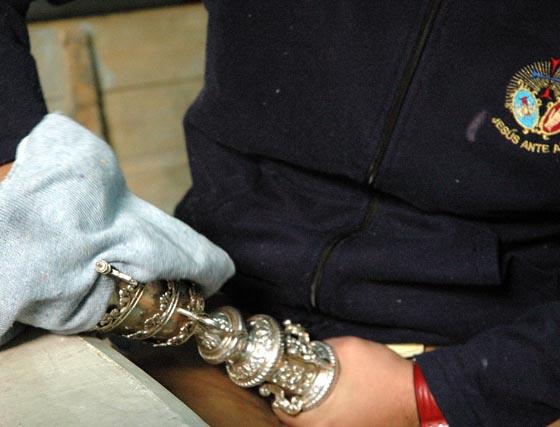 Limpieza de la plata en La Bofetá