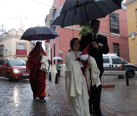 Miércoles Santo de lluvia y lágrimas