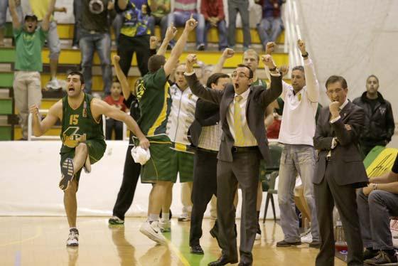 El Villa vuelve a ganar ante el Aguas de Valencia Gandía (86-74)