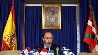 "Rubalcaba: ""ETA ha intentado una masacre"""