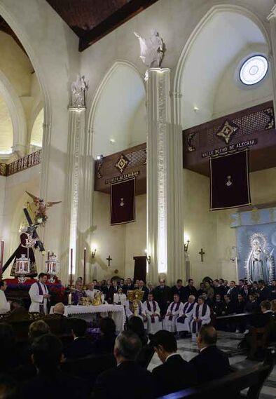 Misa preparatoria del Vía Crucis.  Foto: Antonio Pizarro