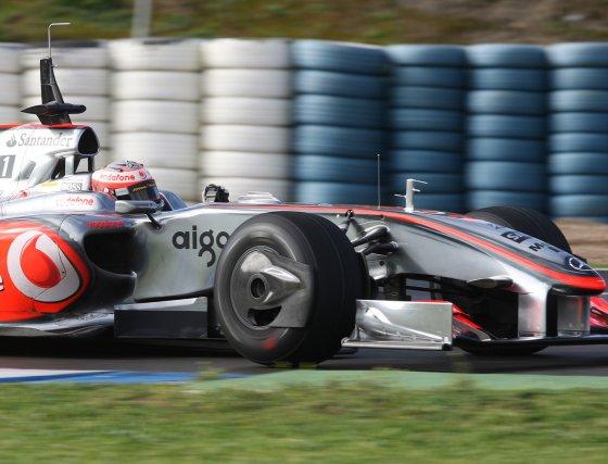 Heikki Kovalainen (Mclaren) se anotó el cuarto mejor tiempo de los ocho coches que rodaron en la jornada del martes con 1.20.535.  Foto: J. C. Toro