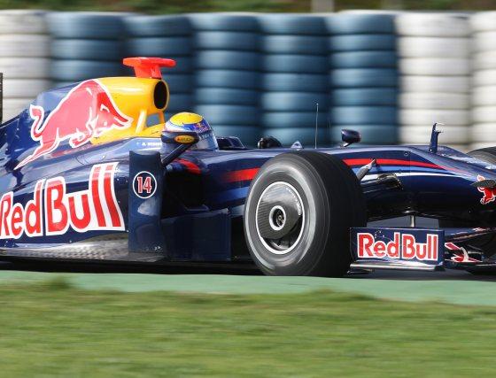El australiano Mark Webber(Red Bull) finalizó los entrenamientos en sexto lugar tras rodar 98 vueltas.  Foto: J. C. Toro