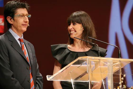 Los periodistas de TVE Juan Carlos Rivero y Lourdes García Campos, presentadores de la gala.  Foto: Belén Vargas