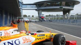 """El piloto asturiano comentó en la rueda de prensa posterior que """"quizás la pista estaba un poquito peor que la ultima vez que rodé aquí».    Foto: J. C. Toro"""
