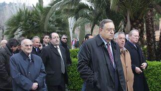 Eduardo Herrera, presidente de la Federación Andaluza de Fútbol, junto a otros dirigentes.  Foto: Pepe Torres