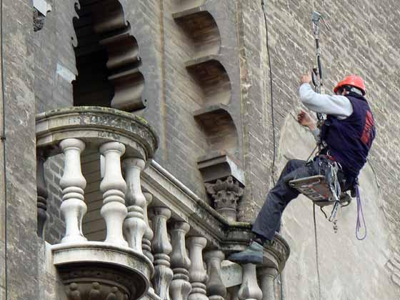 Trabajos de restauración en la Giralda de Sevilla.  Foto: Ruesga Bono