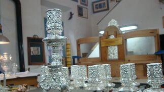 Candeleros de la Virgen de Regla.  Foto: J.P.