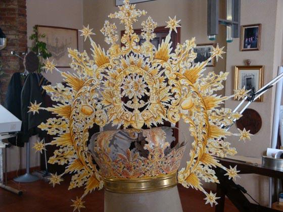 Maqueta de corona.  Foto: J.P.