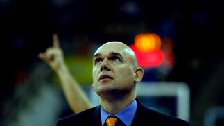 El entrenador del Pamesa, Neven Spahija, salió finalmente victorioso.  Foto: Pepe Villoslada