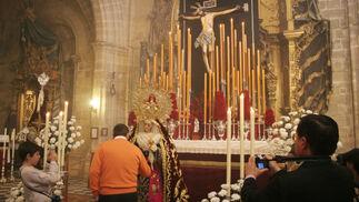 Nuestra Señora del Socorro estuvo de besamanos en la Catedral.  Foto: Vanesa Lobo