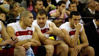 El movimiento del banquillo fue una de las claves de la derrota del CB Granada.  Foto: Pepe Villoslada