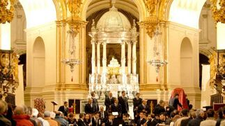 La catedral registró un lleno para la presentación del cartel y el posterior concierto de la Banda del Maestro Tejera, de Sevilla.  Foto: Jesus Ochando