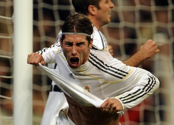 Ramos celebra el primer gol madridista. /  AFP Photo