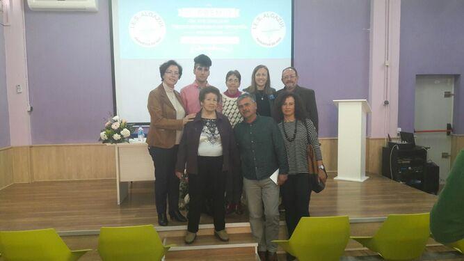 Las delegadas conocieron el centro y felicitaron a José Antonio Ortega.