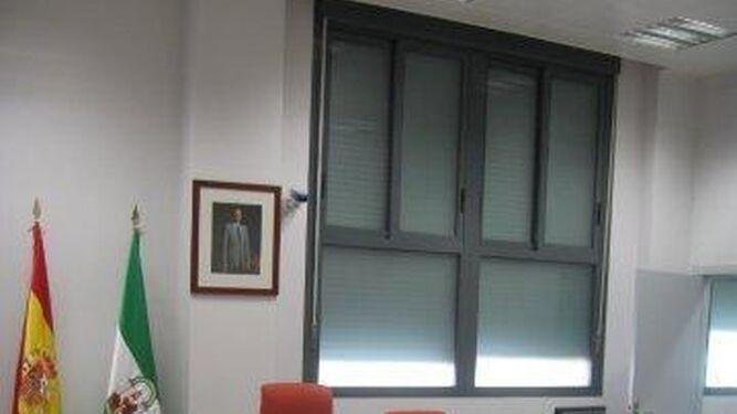 Una de las salas de vistas de los Juzgados de Roquetas.