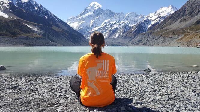 Una camiseta viajera para visibilizar las enfermedades poco frecuentes