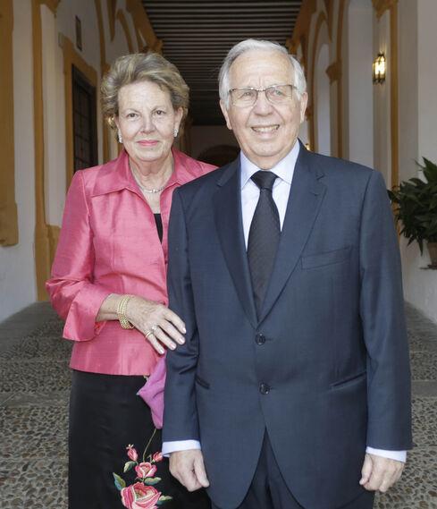 Teresa García Izquierdo con José Luis Ballester.