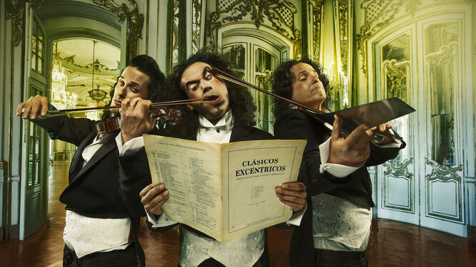 Los actores, músicos y humoristas de la obra.