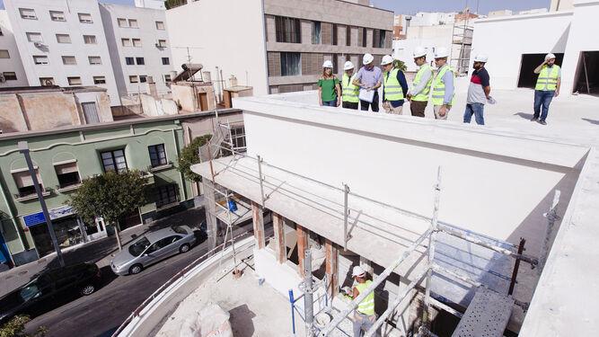 Vista panorámica de las obras desde la terraza del edificio que albergará la Biblioteca.