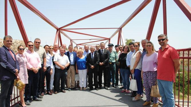 Acudieron multitud de responsables políticos junto al delegado del Gobierno de la Nación en Andalucía.