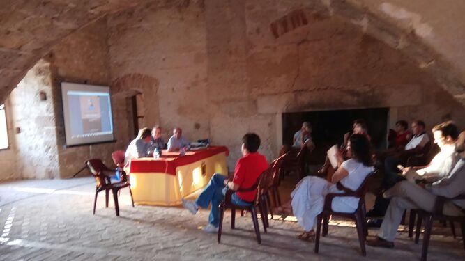 Presentación en el Castillo de la publicación sobre el Padre Tapia.