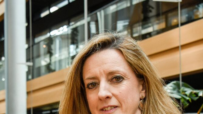 La eurodiputada Soledad Ruiz, exalcaldesa de Albaida del Aljarafe, en las instalaciones del Parlamento Europeo.