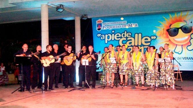 1.000 personas se reúnen en el Encuentro de Coros Rocieros