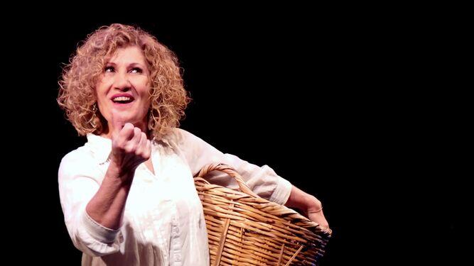 Sensi Falán participa en la obra 'Mujeres de La Chanca'.