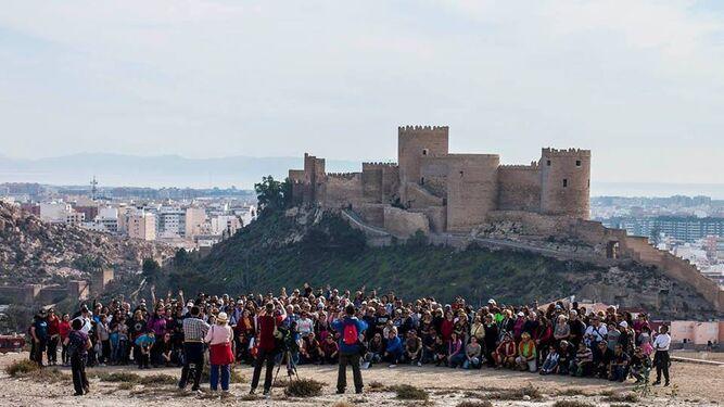 Espectacular imagen con la Alcazaba de fondo.
