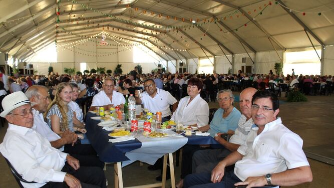 La Cuadrilla Municipal participó en la Misa y disfrutó de la comida posterior.
