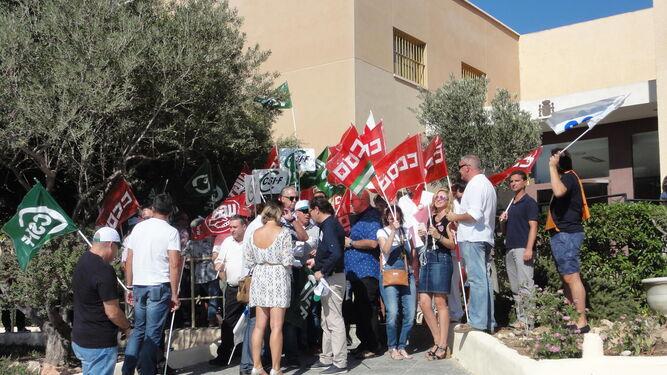Manifestación realizada en El Acebuche antes de la celebración del Día de la Merced.