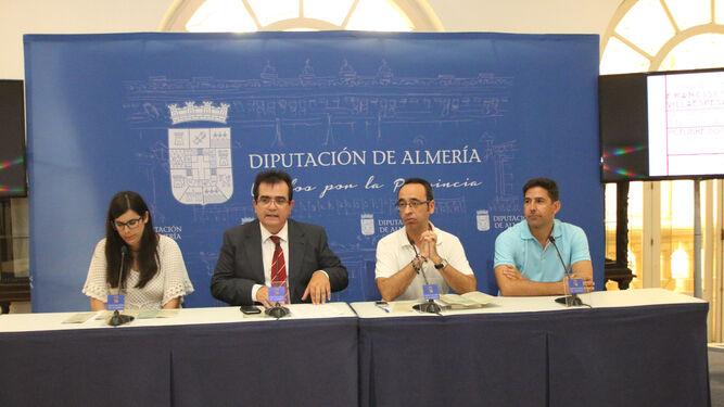 Almudena Morales, Antonio Jesús Rodríguez, José Luis López Bretones y José Francisco Díaz presentando las actividades en torno a Villaespesa.