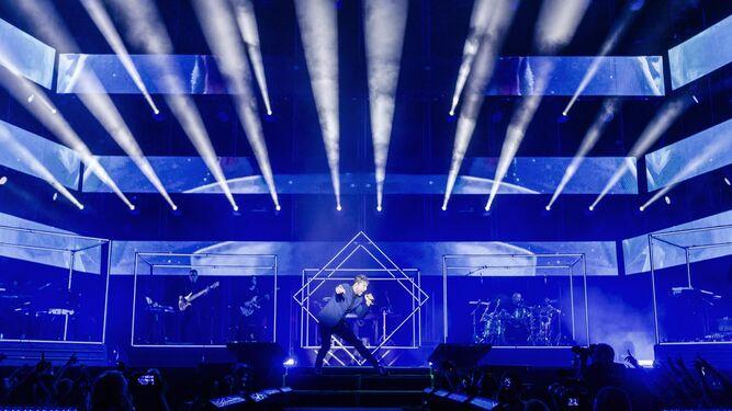 David Bisbal durante su actuación en el concierto que abría la gira en Almería.