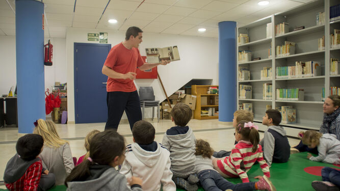 La Biblioteca Municipal reanuda \'La hora del cuento\' todos los miércoles