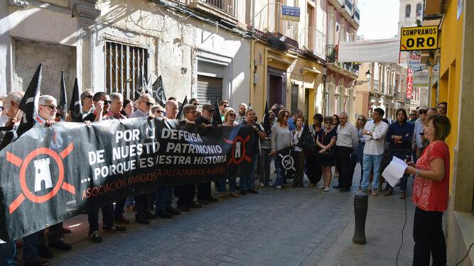 Ciudadanos interesados en la conservación del patrimonio se manifestaron contra el derribo el 21 de octubre.