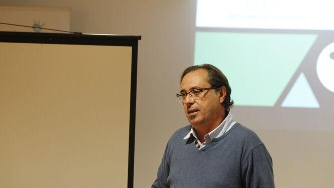 Federico Utrera, profesor del taller de videoarte de Bill Viola.
