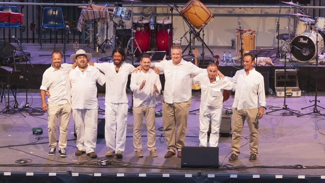 Almenara es un grupo almeriense que se ha convertido en referencia en la música hispanoamericana.