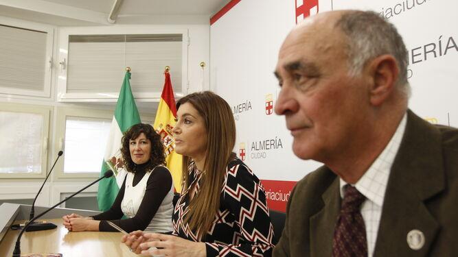 Acto de presentación de la exposición presidido por Carolina Lafita.