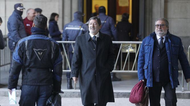 Francisco Javier Guerrero, con su abogado.