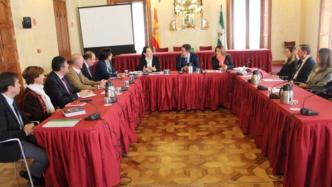 Sánchez Haro se reunió con una delegación del Gobierno de Ecuador.