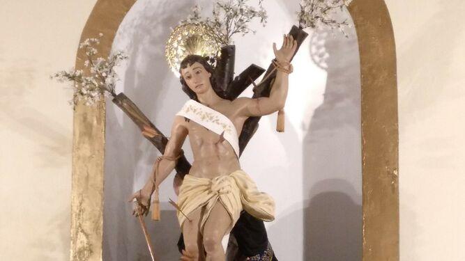 Momento de la bajada del santo San Sebastián.