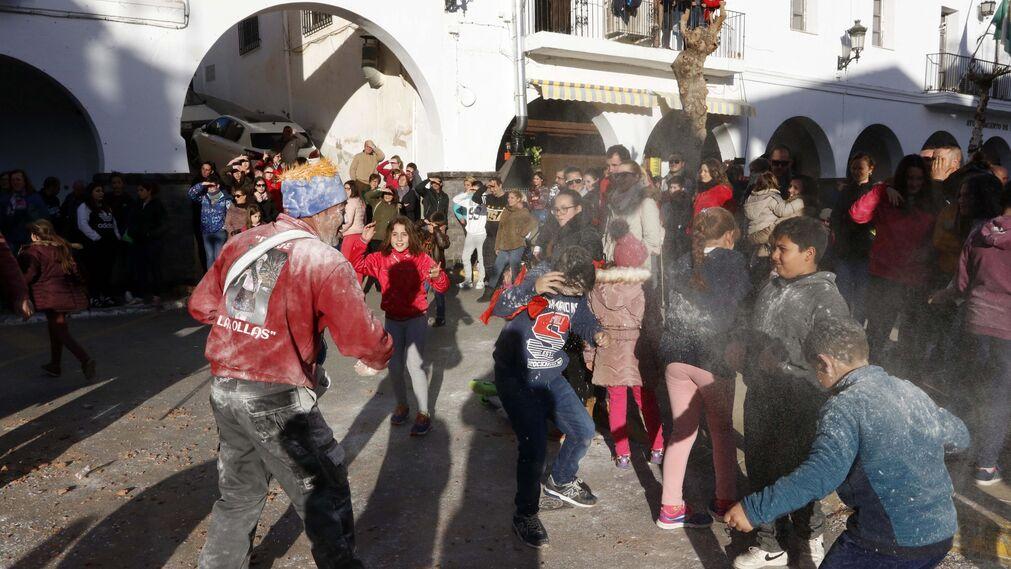 Las imágenes de las fiestas de San Sebastián y San Antón en Fiñana