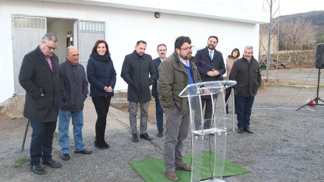 Rafael Montes, alcalde de Fiñana, durante su intervención.