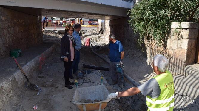 El paso subterráneo de La Puente comunica dos zonas del municipio.