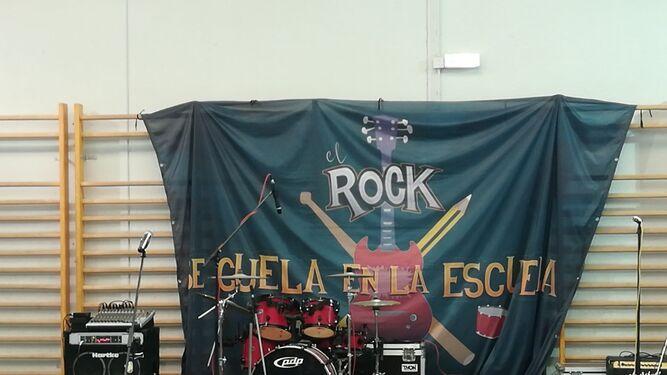 El Rock and Roll se cuela en la escuela