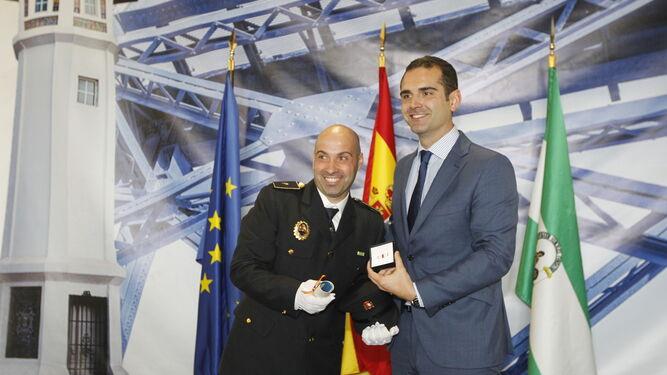 Honores a la Policía Portuaria