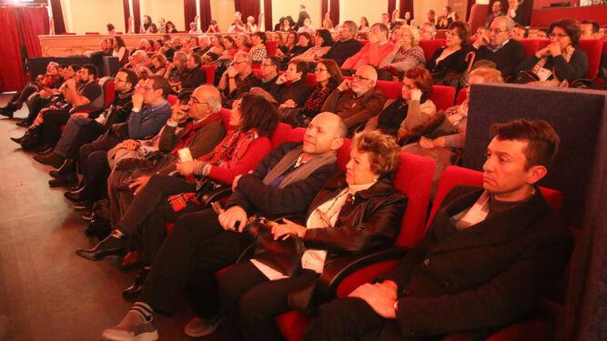 Público asistente al concierto que tuvo lugar el jueves en el Cervantes.
