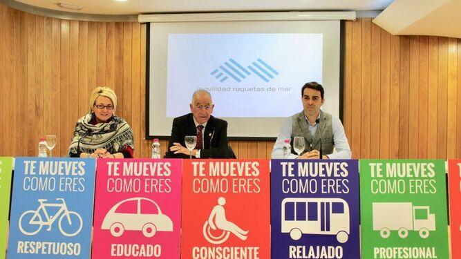 Eloísa Cabrera y Gabriel Amat presentaron ayer la nueva web y la campaña 'Te mueves como eres'.