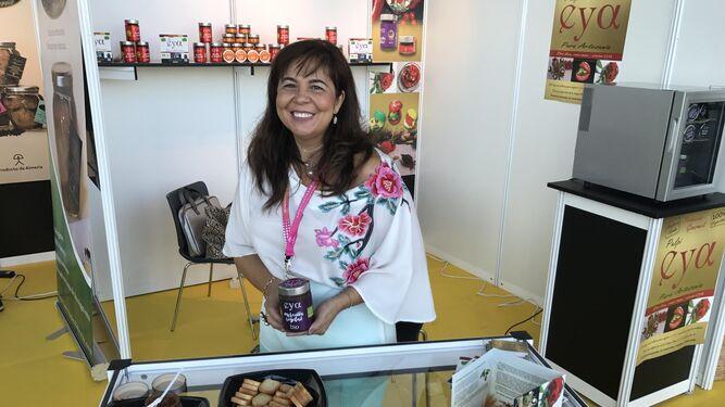 Encarna Belmonte, gerente de la empresa Pulpí Eya, que está conquistando al mercado con sus productos.